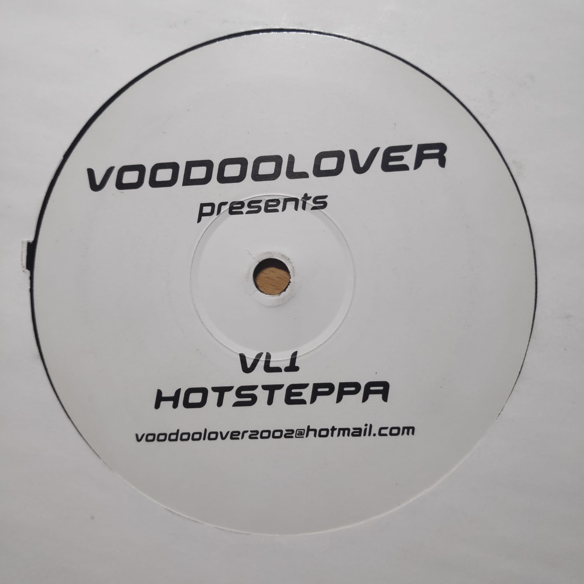 (PZ63) Alex K Vs. Voodoolover – Hotsteppa