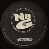(CM1483) Natural Born Grooves ‎– Essential