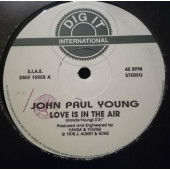 (CMD179) John Paul Young / Blue – Love Is In The Air