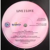 (10003) Live 2 Love – La Cosa Mas Bella