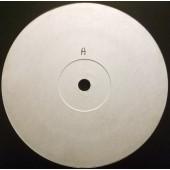 (2979) Rachel Auburn – Bass Keeps Pumpin